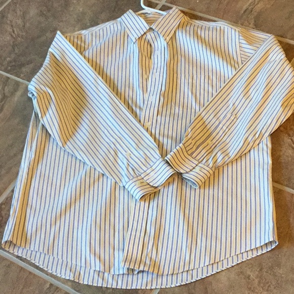 Brooks Brothers Other - Men's long sleeve Brooks Brothers shirt